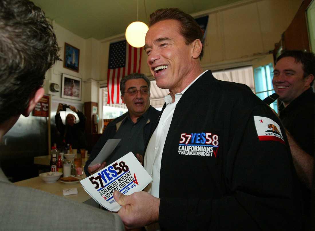"Arnold Schwarzenegger spelar president i ""Kung fury 2"""