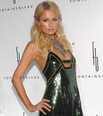 Paris Hilton fortsätter kämpa i musikbranschen.