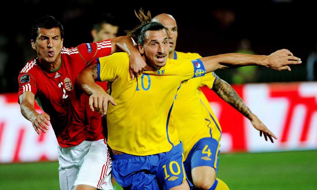 Sverige och Zlatan fick en tuff start när EM-kvalet återstartade i september 2011. Blågult förlorade den viktiga bortamatchen mot Ungern med 2-1.