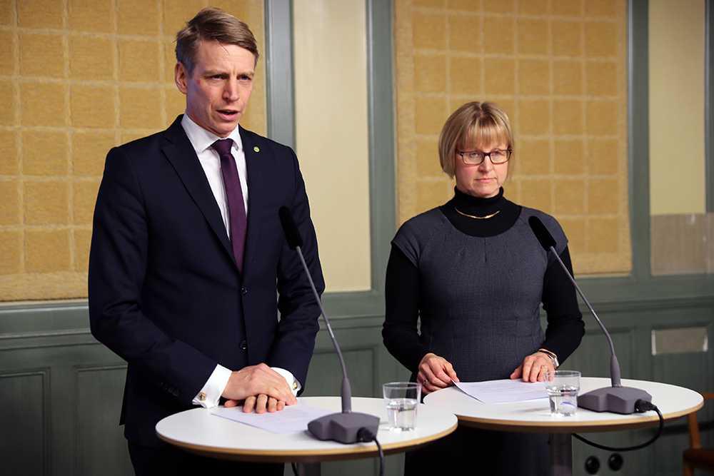 Per Bolund och Marja-Leena Pilvesmaa.
