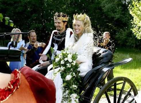 Annika Ljungberg och Jens Sylsjö, bröllopsbild.
