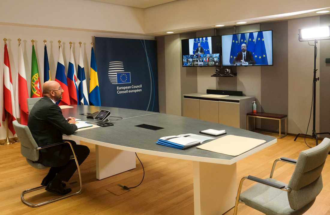 """EU:s permanente rådsordförande Charles Michel har fått nöja sig med att leda webbtoppmöten sedan coronakrisen inleddes. Men den 17-18 juli ska ledarna försöka samlas """"på riktigt"""" i Bryssel. Arkivfoto."""