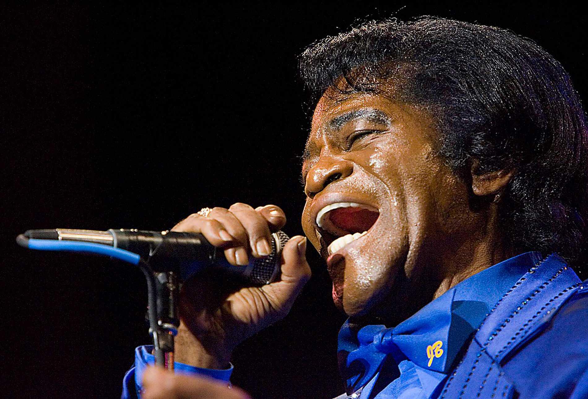 James Brown dog i december 2006. Han blev 73 år. Foto: AP