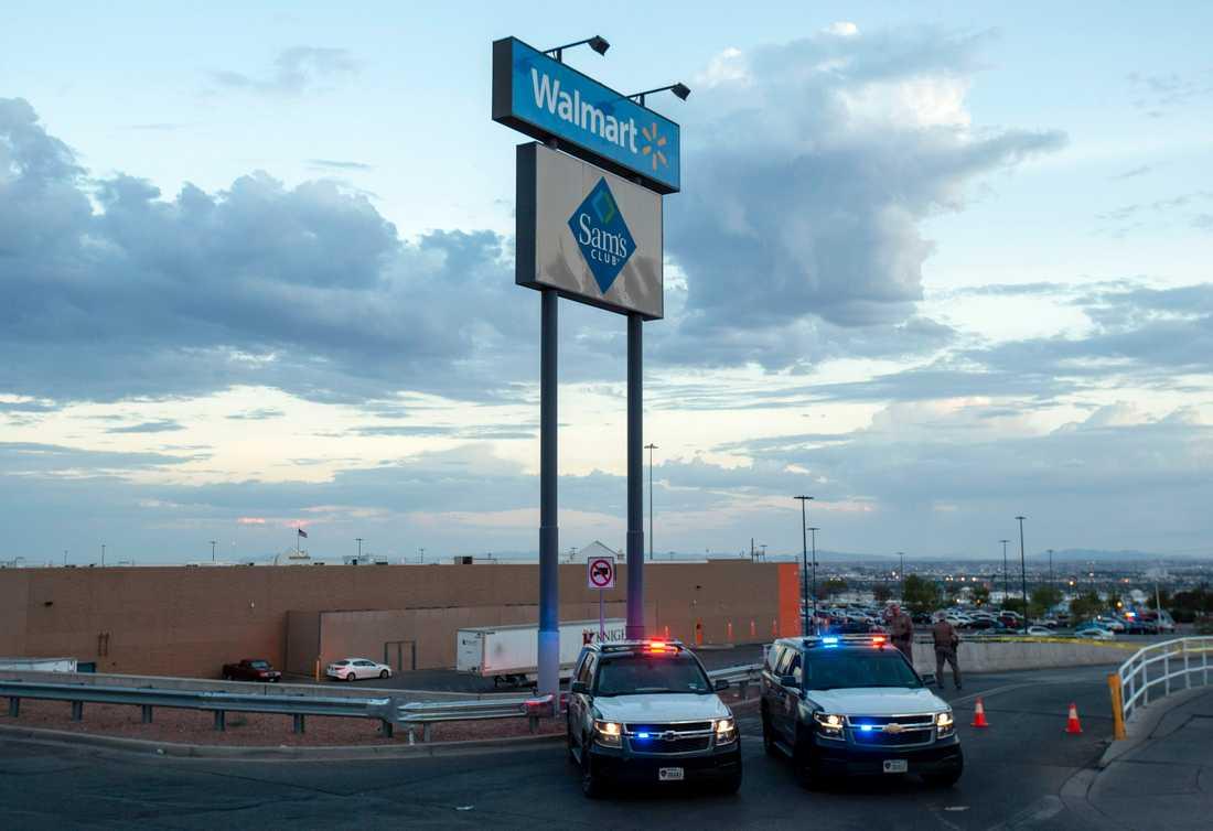 22 personer dödades när en  21-årig man öppnade eld inne på varuhuset Walmart i El Paso, Texas den 3 augusti.
