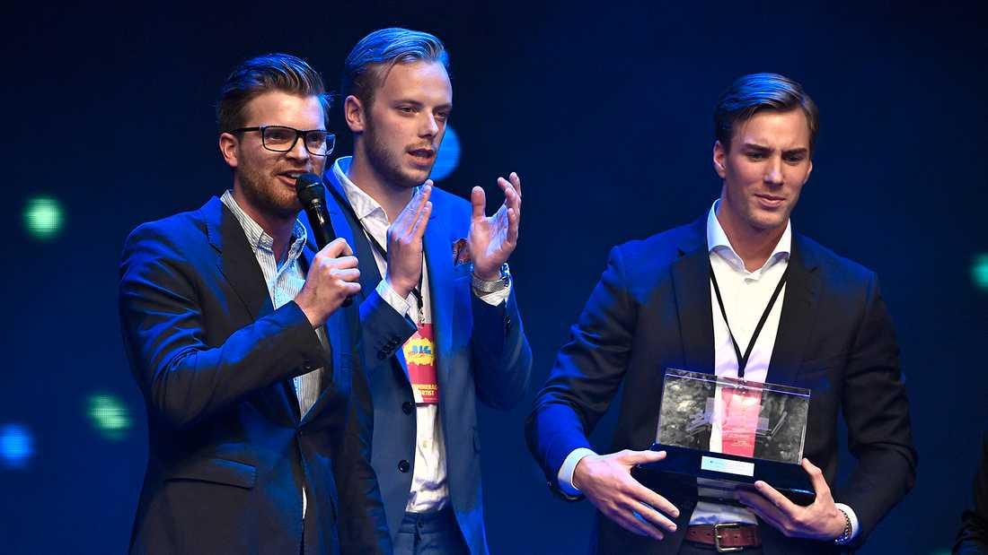 Humortrion JLC består av Lucas Simonsson, Jonas Fagerström och Carl Déman.