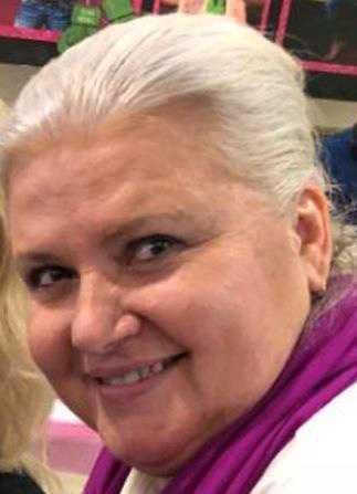 Polisen fortsätter be allmänheten om hjälp med att spåra Lois Riess.