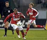 Matchvinnare. Kalmars brasse Dedé slog in 2–1-målet i mötet med Örgryte i kväll.