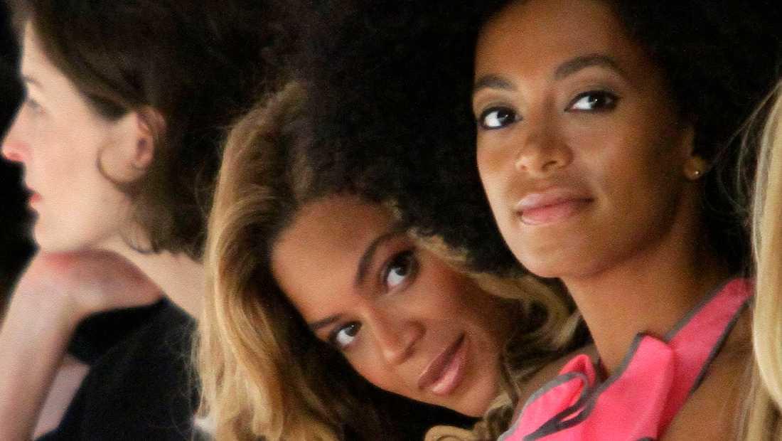 Systrarna Beyoncé och Solange Knowles.