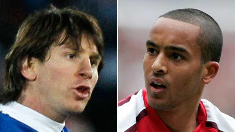 Lionel Messi och Theo Walcott.