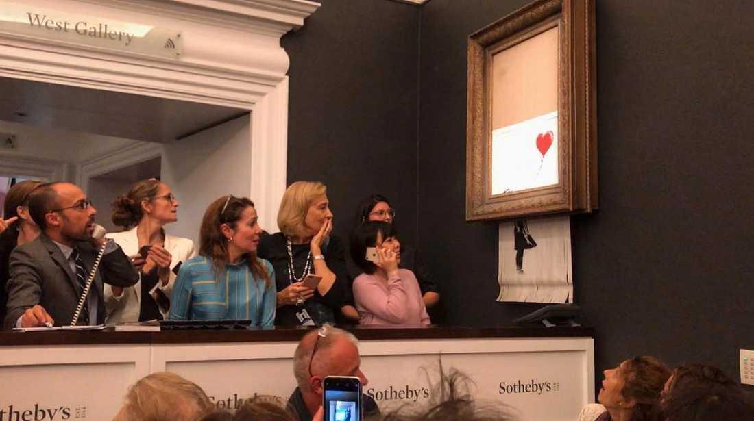 Banksy strimlade sitt verk.