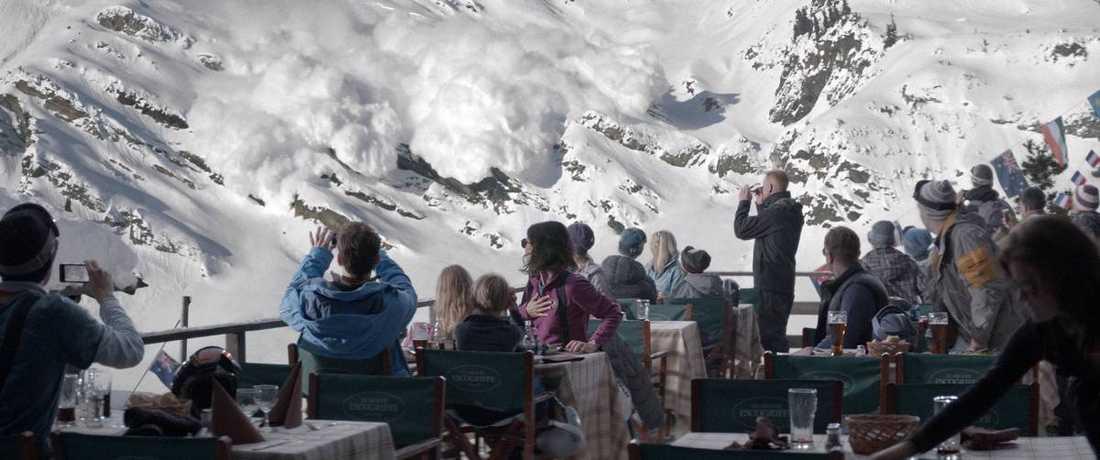 """Lavindramatik. Ruben Östlund hävdar att han har skapat filmhistoriens bästa lavinscen i filmen """"Turist"""" – och den är maffig."""