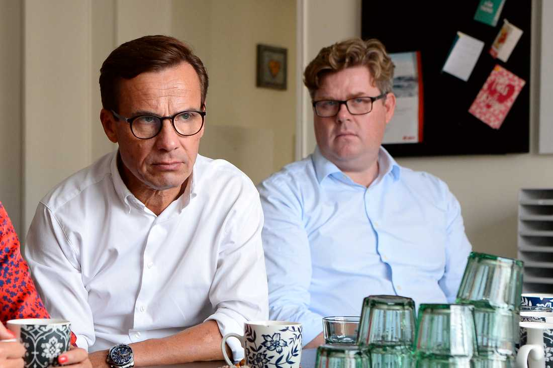 Moderaternas  partiledare Ulf Kristersson och partisekreterare Gunnar Strömmer