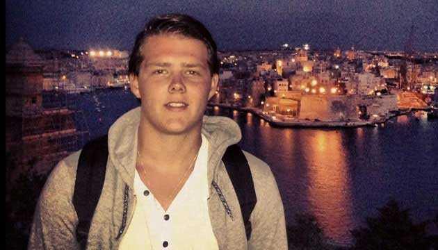 Quinn Lucas Schansman, 19, USA/Nederländerna. Tonåringen var den enda ombord som hade amerikanskt medborgarskap. Han föddes i New York när hans pappa jobbade på den holländska ambassaden i staden. Han var på väg från Amsterdam till Indonesien för att semestra tillsammans med familjen.
