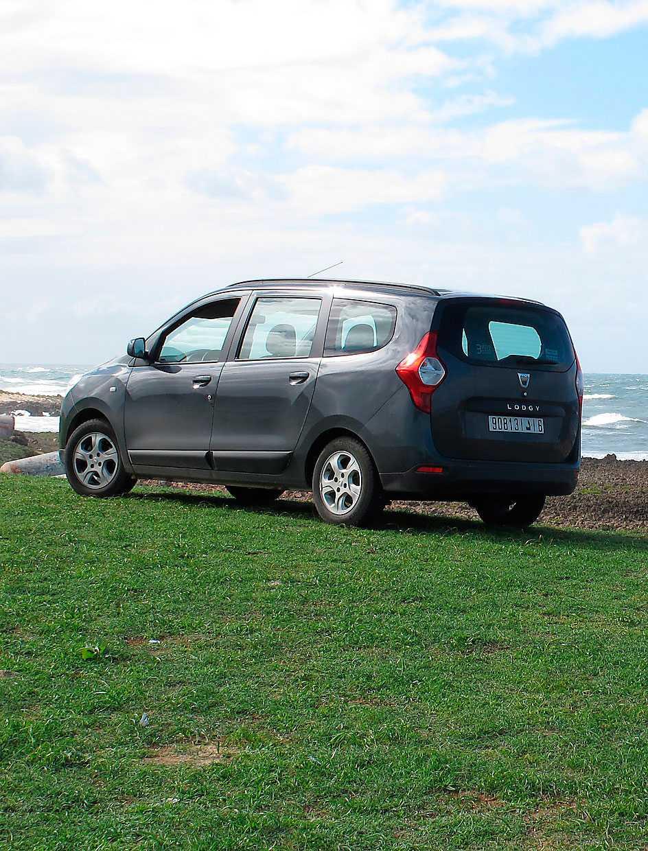 Bästa bilen från Dacia hittills, trevlig att köra, fantastiskt rymlig och billig. Totalsågad i EuroNcap för att den saknar antisladdsystem, men ingen tokig bil, trots allt.