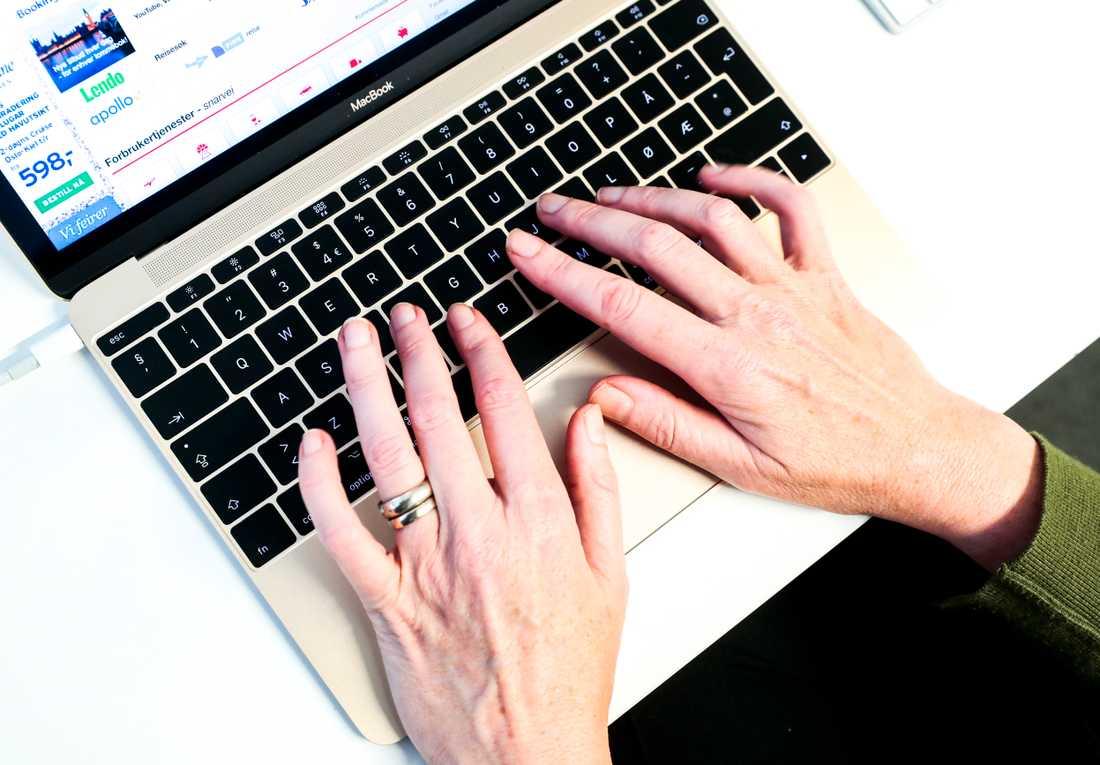 Fyra av tio svenskar är oroliga för hur deras personliga information hanteras digitalt. Arkivbild.