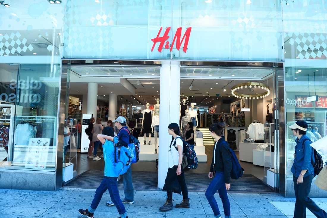 H&M rusar på börsen efter delårsrapporten.
