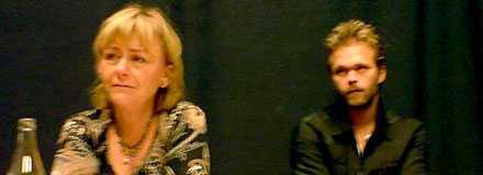 Justitieminister Beatrice Ask och skådespelaren Joakim Nätterqvist på dagens presskonferens där den nya fildelningslagen, Ipred, presenterades.