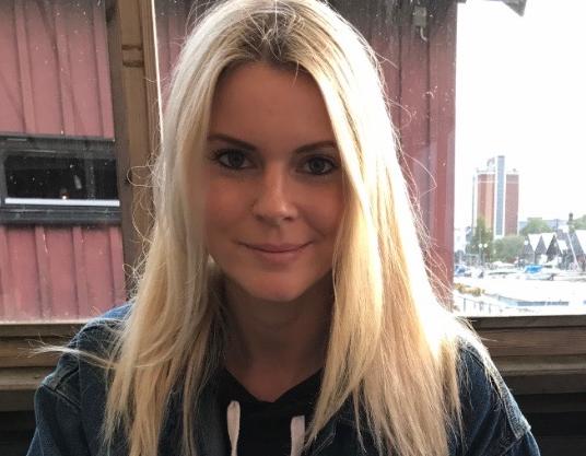 Emelie Anderberg, 29, är mycket kritisk till hur Avis hanterat den uppkomna situationen.