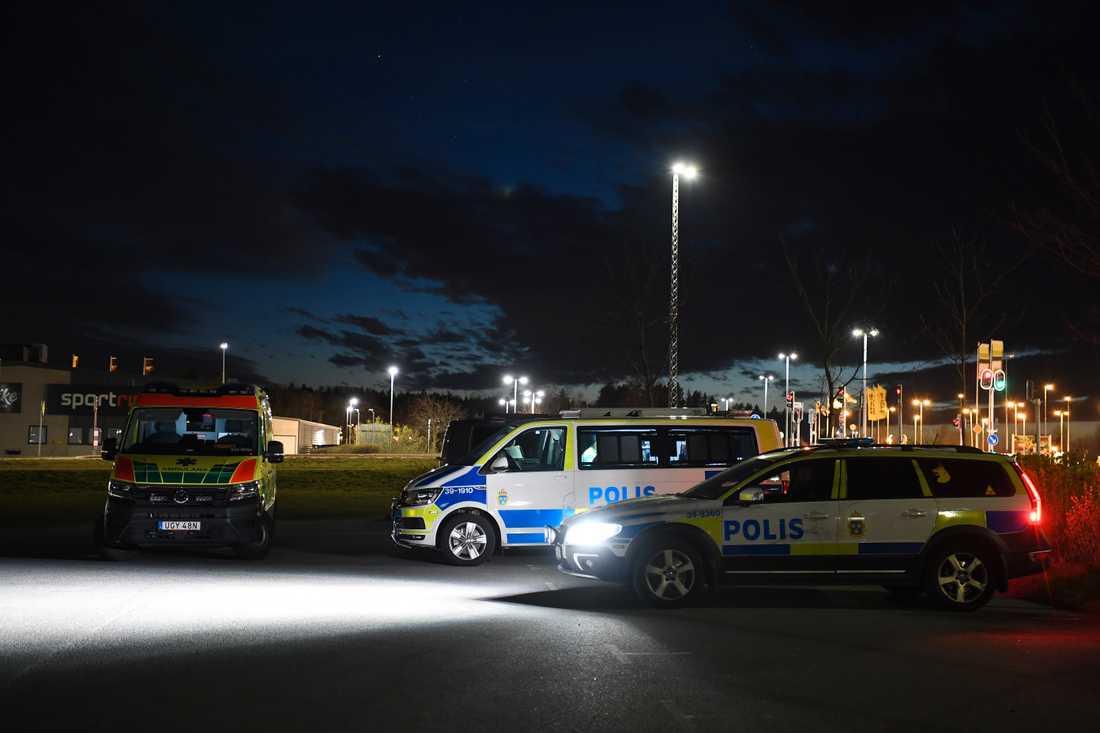 Polisen har en pågående insats på anstalten i Norrtälje.