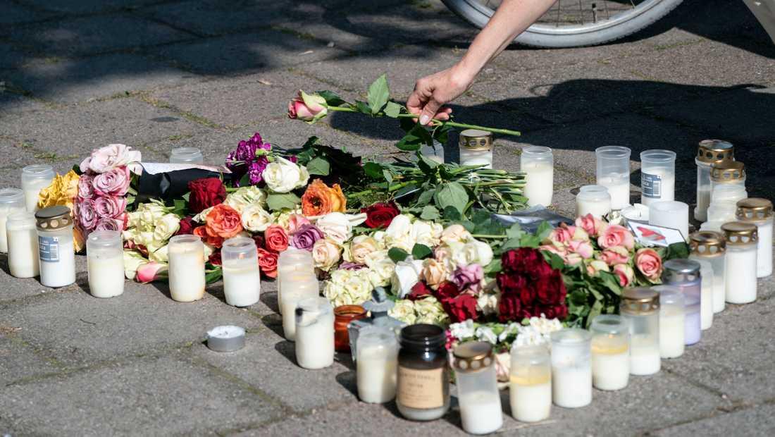 Arkivbild. Många har engagerat sig i mordet på den unga mamman i Malmö. Nu varnar polisen för att vittnesmål kan bli juridiskt värdelösa d åvittnen pratar med media innan de hörts av polis.