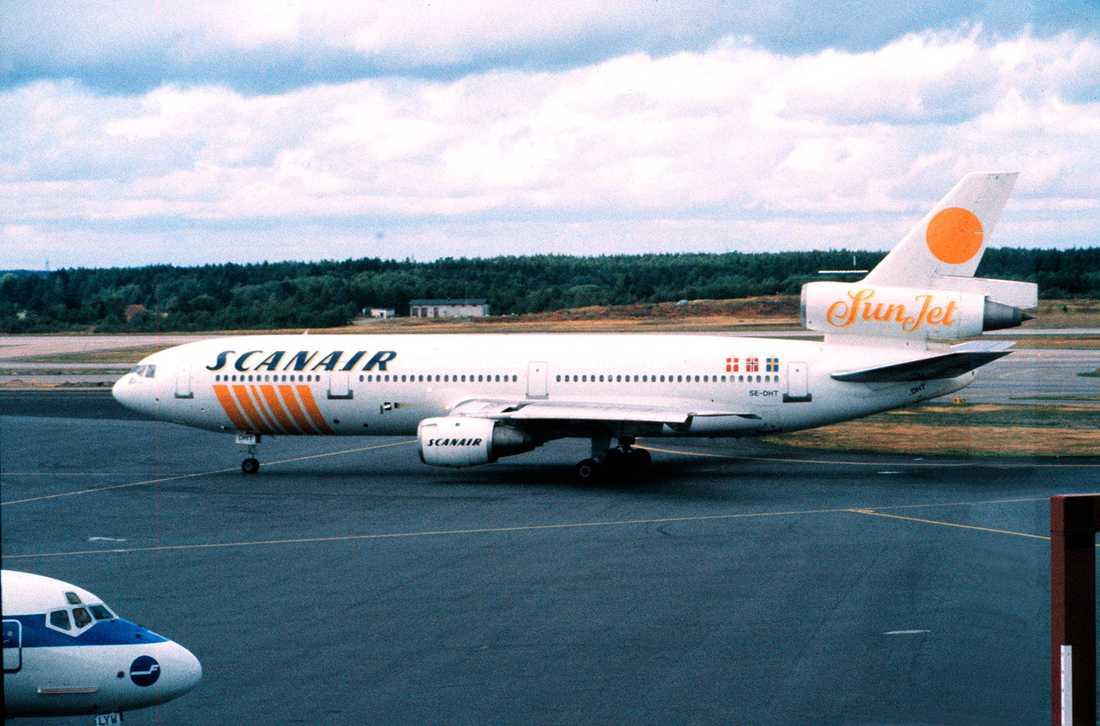 På främst 1980 och 90-talet använde skandinaviska charterbolaget Scanair DC 10:or. Planen fick namn efter seriefigurer som Bamse, Baloo och Moby Dick.