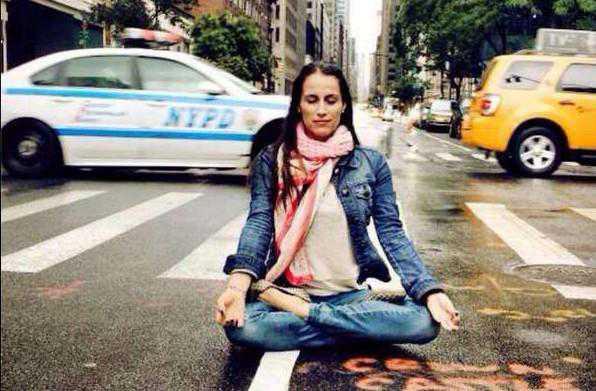 Yogaläraren Daniela Ayon Razo.