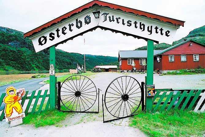 När vandringen är slut smakar det bra med en kopp kaffe på Österbös turiststuga.