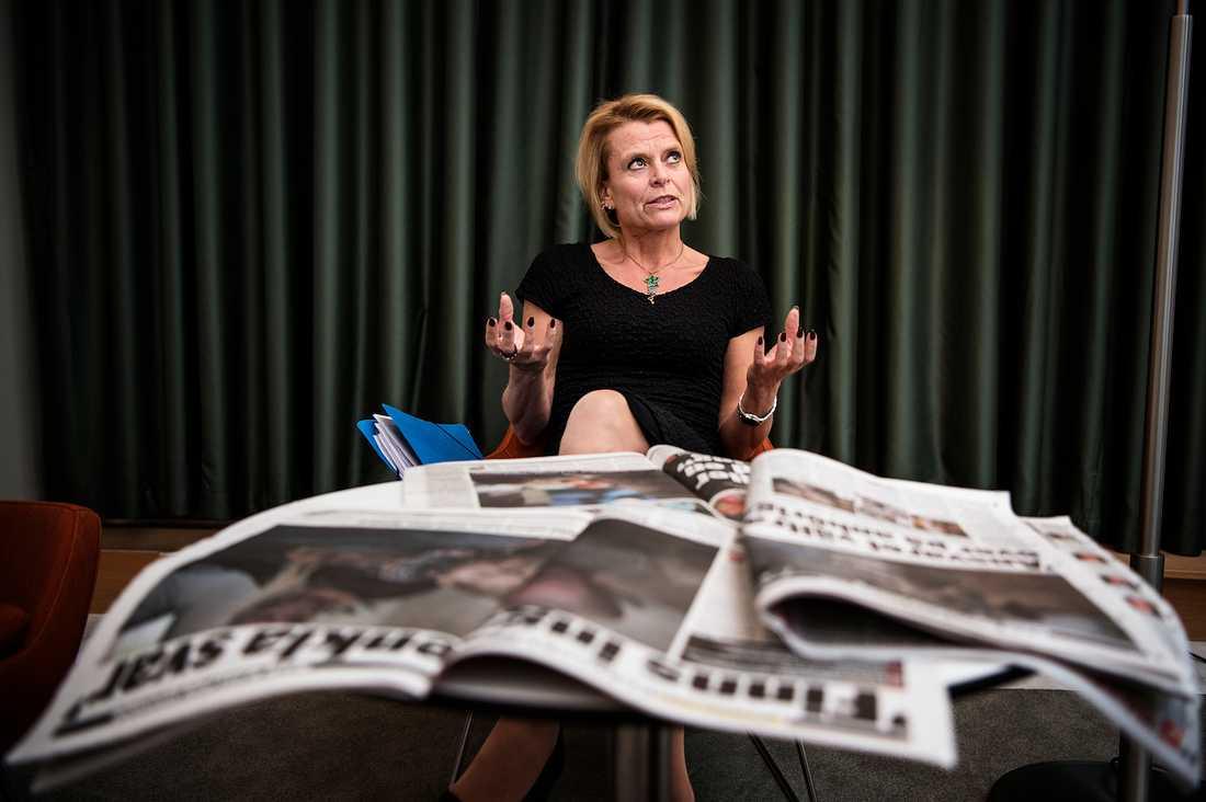 """""""Jag förstår att debatten finns och att brukare och föräldrar till barn är oroliga och upprörda om man inte får det stöd man tycker man behöver och har rätt till"""", säger Åsa Regnér, om Aftonbladets granskning av assistansersättningen."""