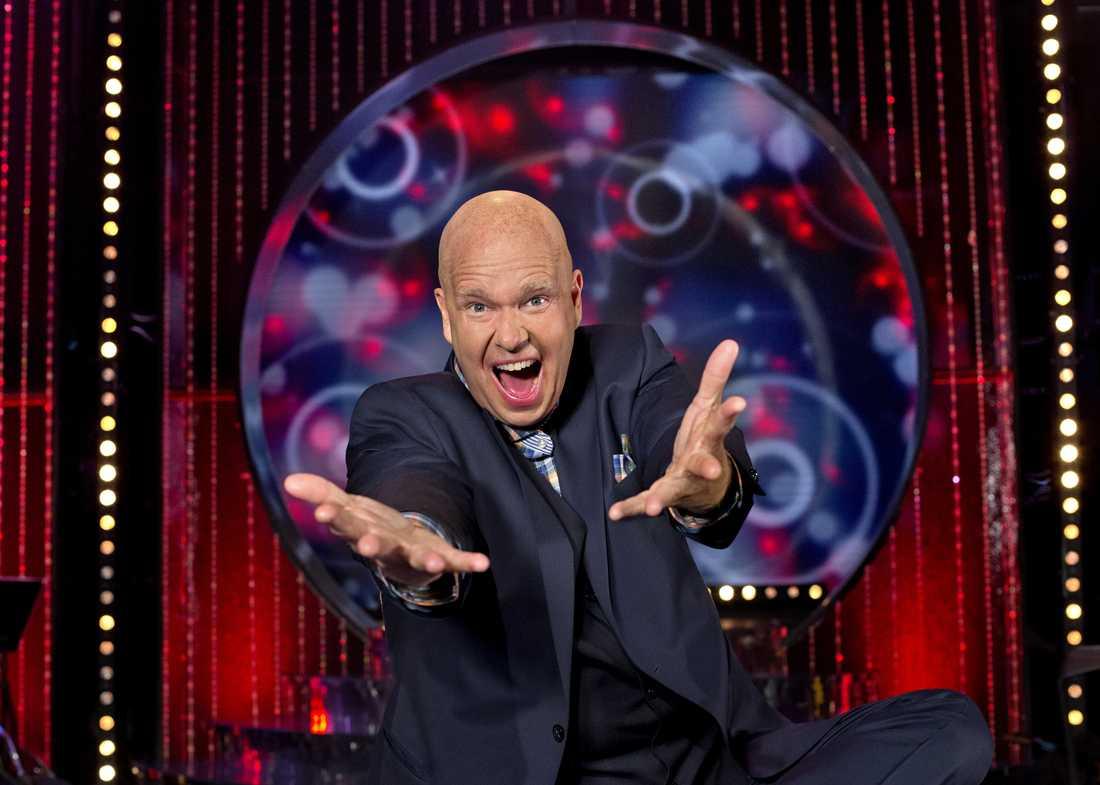 Programledaren Lasse Kronér har kritiserat SVT.