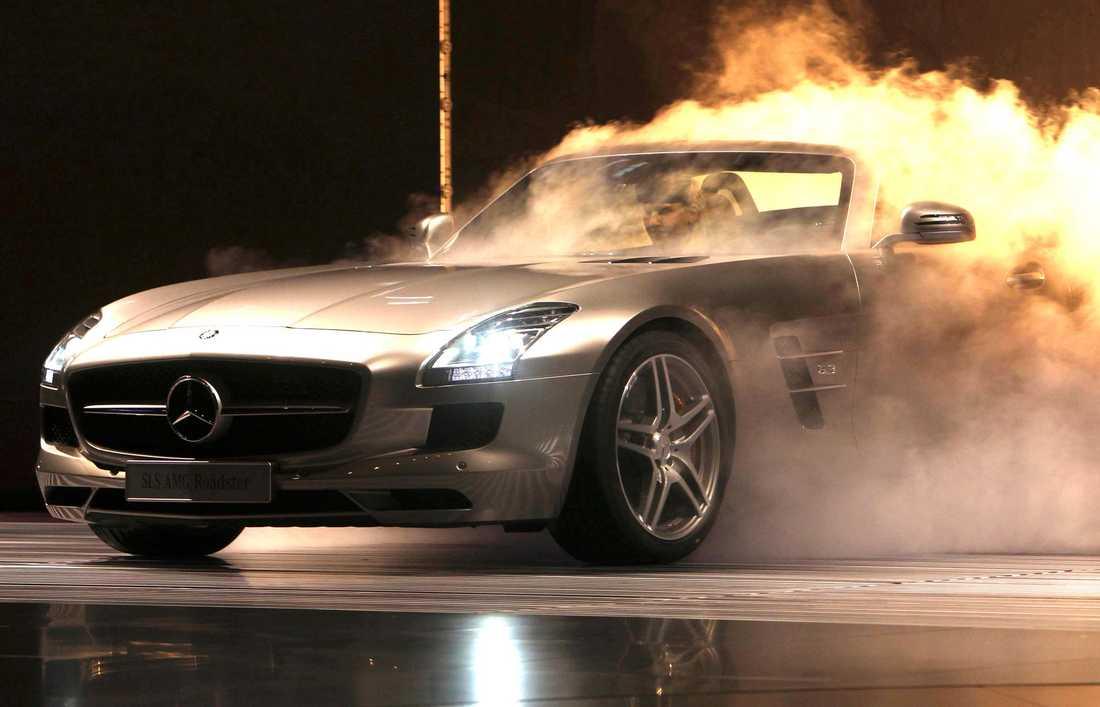 Rekordvinnaren kan köpa 140 stycken Mercedes-Benz SLS AMG Coupé med 571 hästkrafter...
