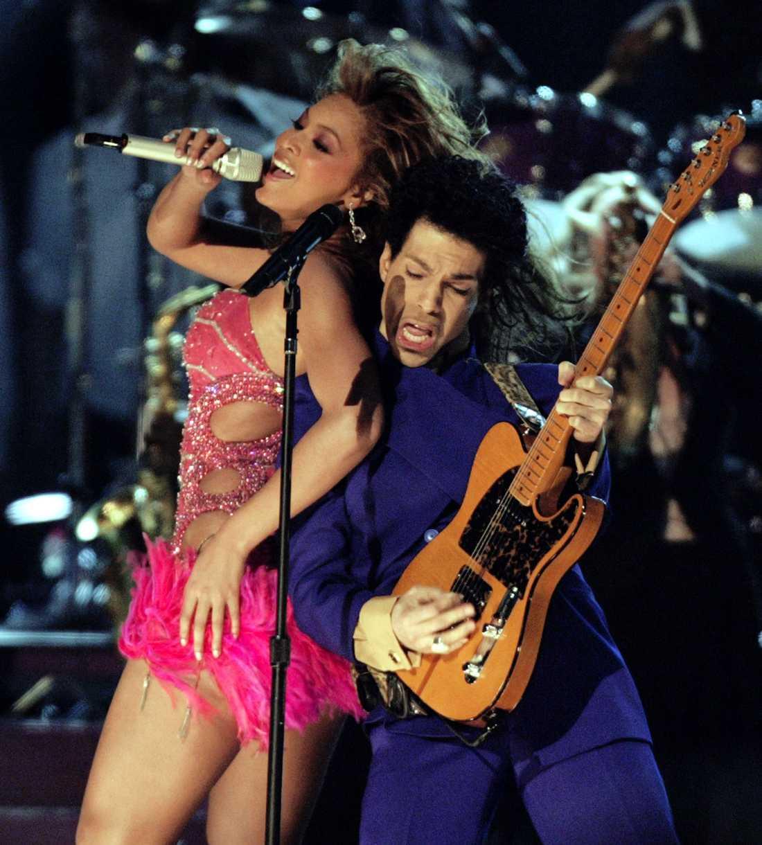 Prince och Beyonce på  Grammy Awards i Los Angeles februari 2004.