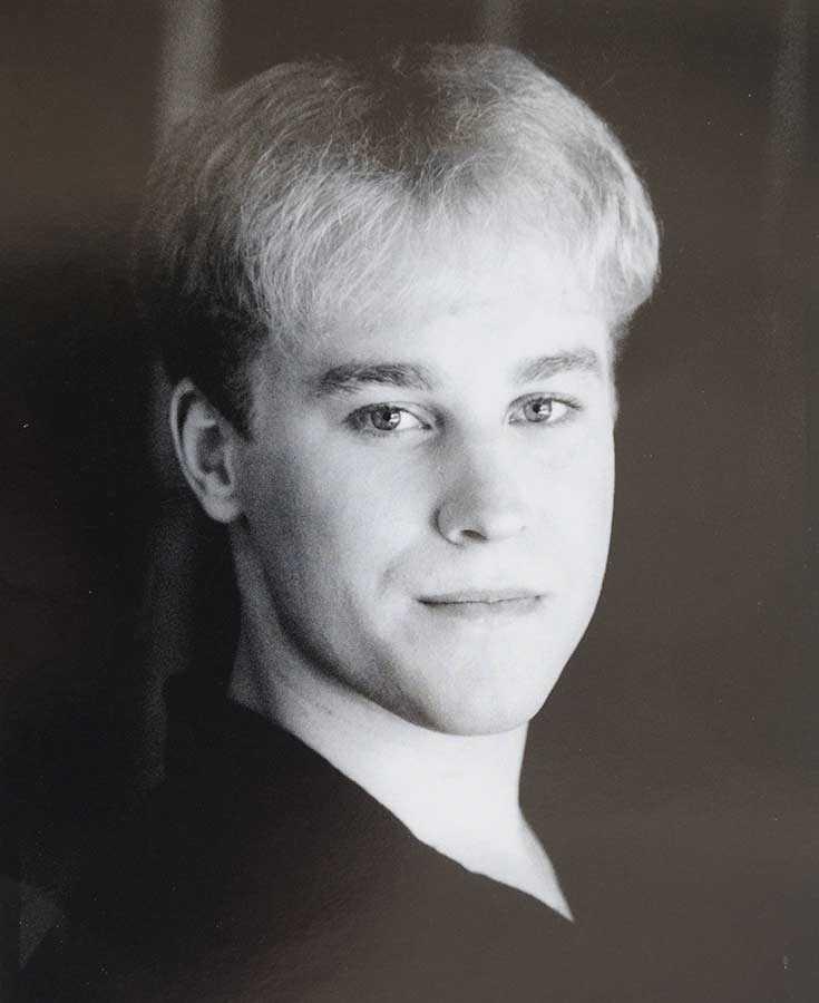 Så här såg Toby Sheldon ut innan han började plastikoperera sig för att se ut som Justin Bieber.
