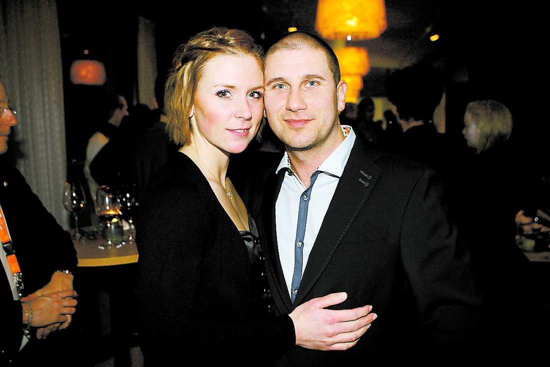 Markoolio tillsammans med flickvännen Jessica Westergård.