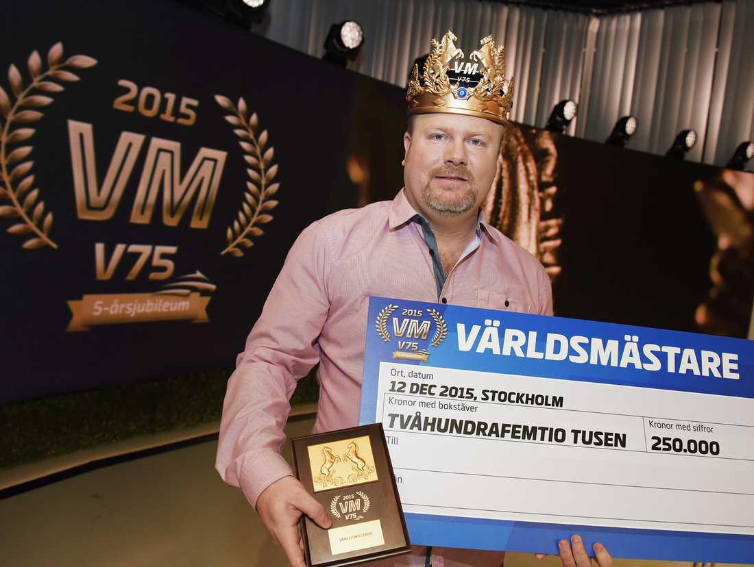 """Magnus Strömsten blev världsmästare i V75 för två år sedan: """"Det var en skön belöning för all tid man lagt ned på travet de senaste 25 åren"""", säger han."""