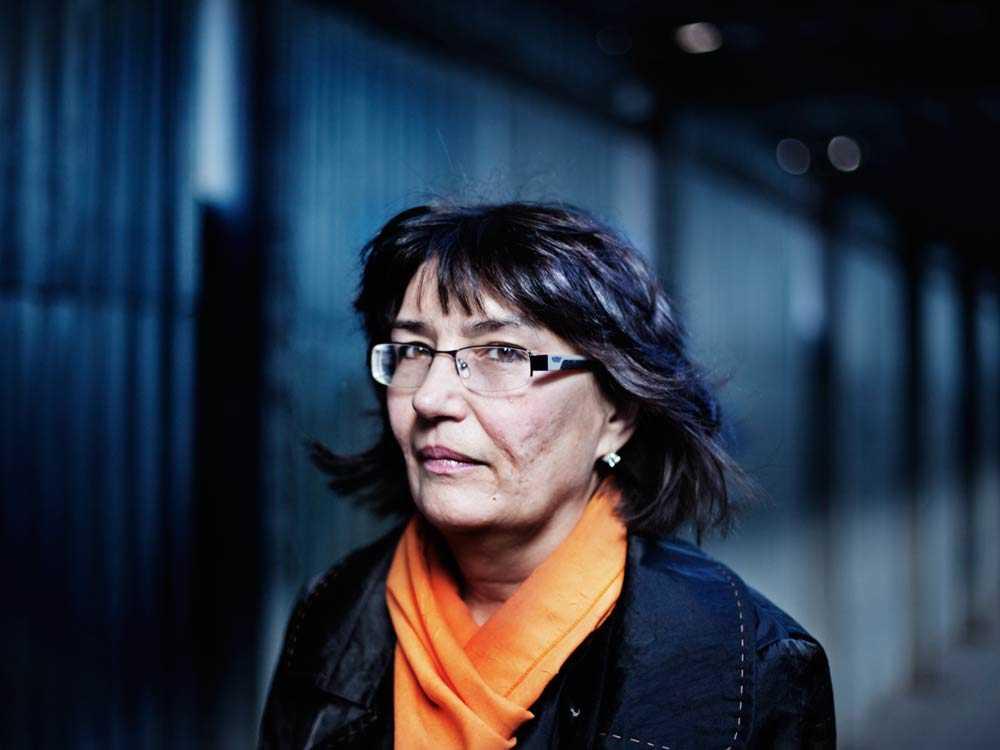 Tatiana tvingades bo kvar med sin misshandlande make under de fyra år som rättsprocessen pågick för att inte förlora sitt boende.