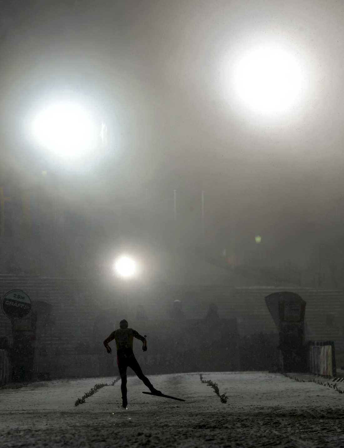 Northug går i mål som vinnare under Tour de Ski i Oberhof, Tyskland 2011.