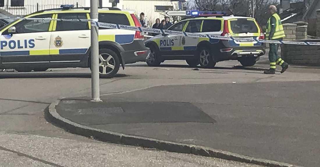 f789eb85f35a Maskerade rånare sköt man i benet – jagas av polis | Aftonbladet