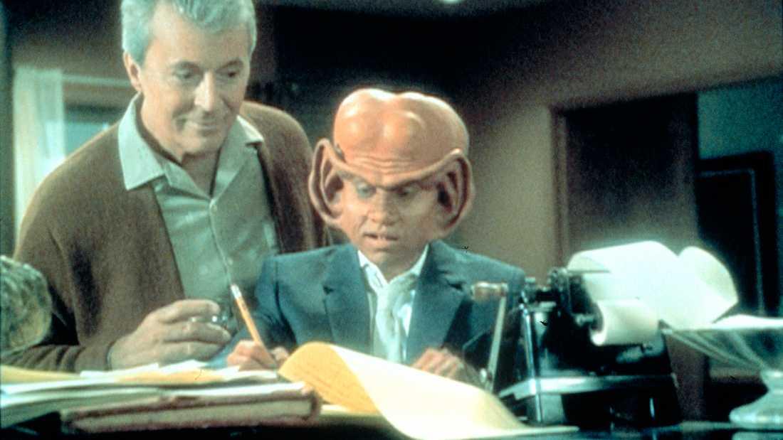 """James Darren (till vänster) och Aaron Eisenberg i """"Star Trek –Deep space nine""""."""