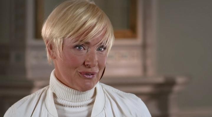 """I """"Stjärnorna på slottet"""" berättar Regina Lund om den tuffa relationen till sin pappa."""