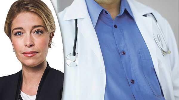 Det säger sig självt att patienten riskerar att inte får den vård och omsorg den behöver, när patienten ständigt möter nya ansikten och händer, skriver Annika Strandhäll .