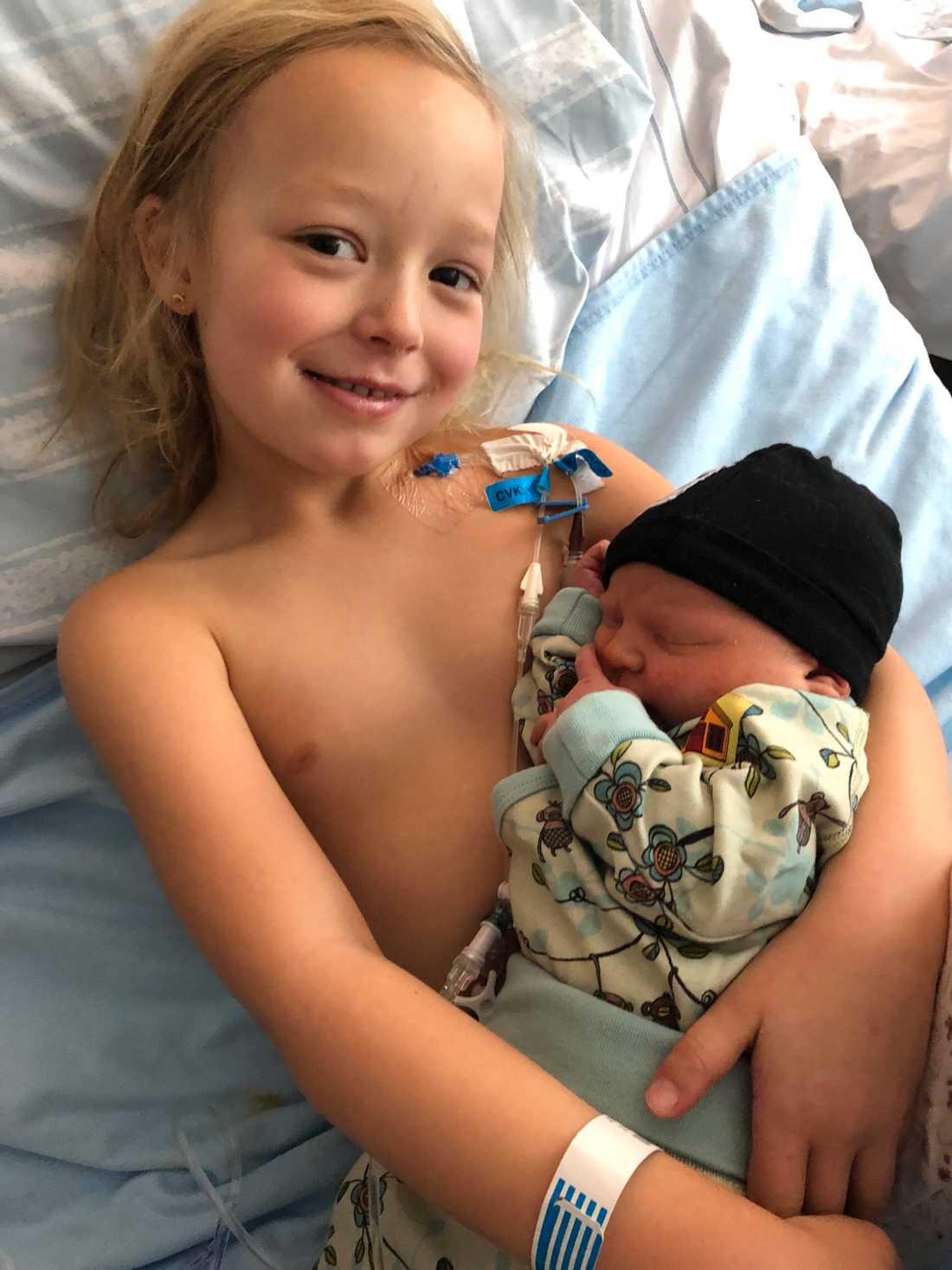 I oktober förra året fick Isabelle diagnosen leukemi. I samma veva föddes hennes lillebror.