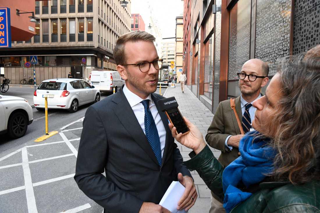 """""""Regeringen måste börja leverera"""", säger Andreas Carlson (KD)."""