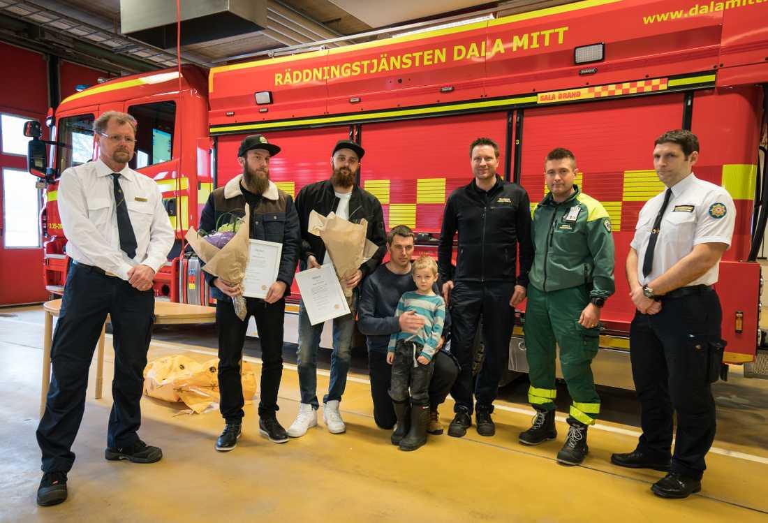 Under tisdagen hyllades hjältarna av räddningstjänsten och Antons familj.