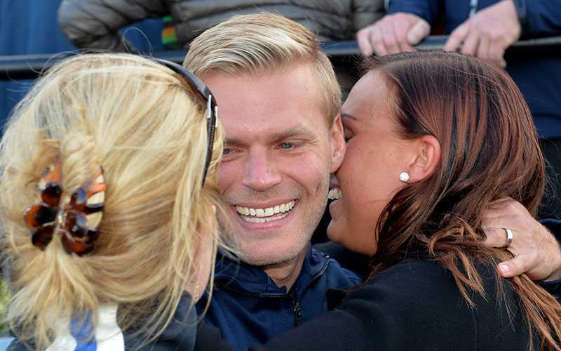 Johan Arneng efter segern i Svenskt Trav-Oaks 2014