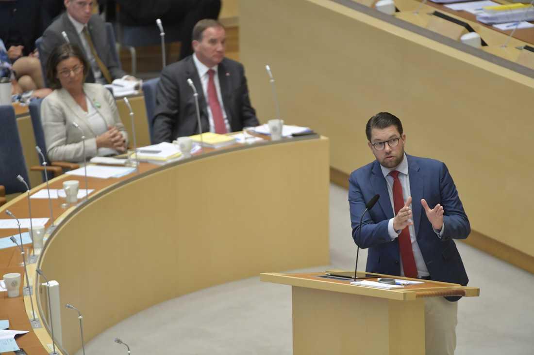 Jimme Åkesson under riksdagsdebatten.