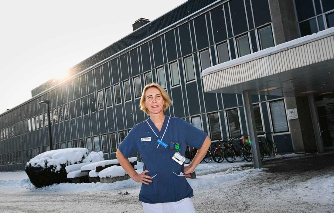 Charlotte Odeborn lämnade toppjobbet för att bli sjuksköterska.