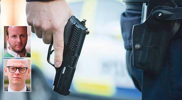 Alltför många poliser lever under ständiga hot, skriver Christian Carlsson och Felix Arnstedt.
