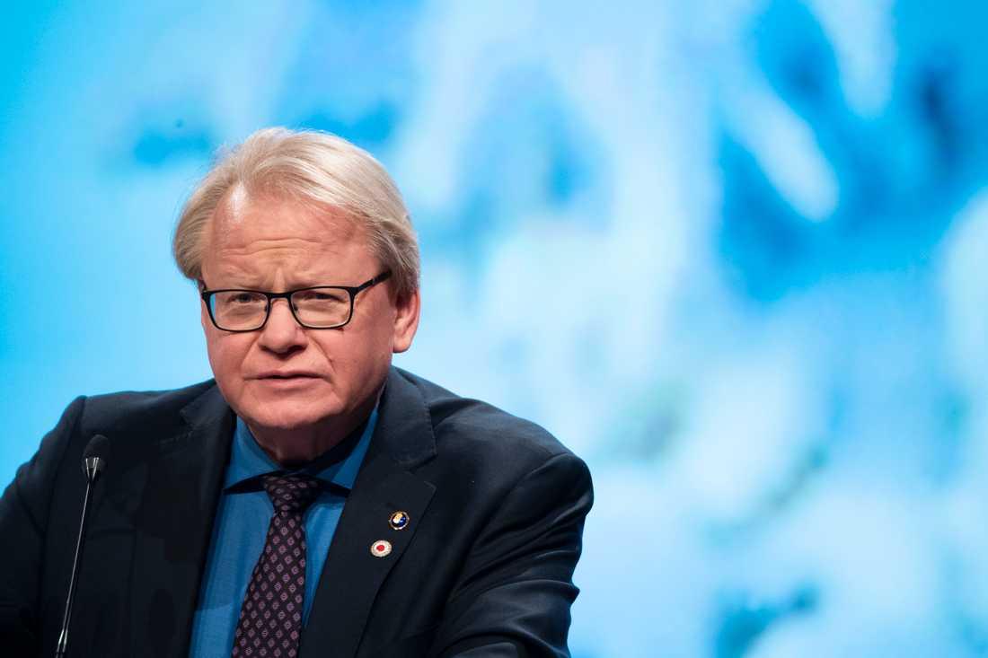 Försvarsminister Peter Hultqvist (S) vid sitt tal på Folk och försvars rikskonferens.