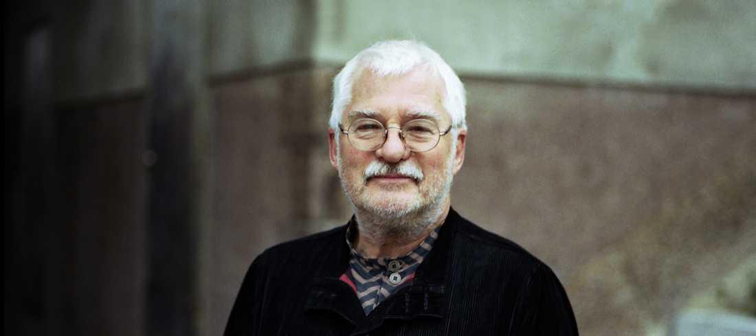 Poeten Björner Torsson har gått bort, 83 år gammal.