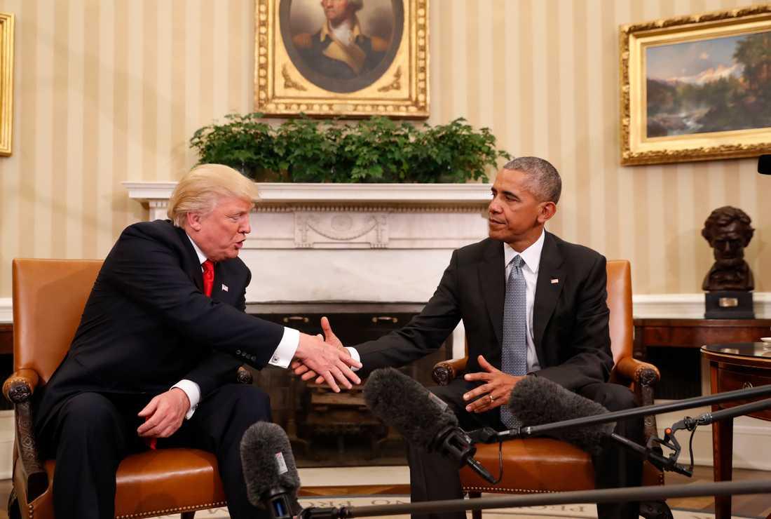 Handslaget- Donald Trump och Barack Obama